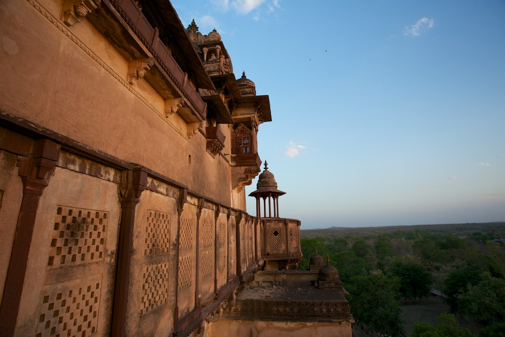 Jahangir Mahal 17