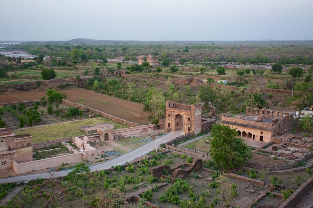 Jahangir Mahal 20