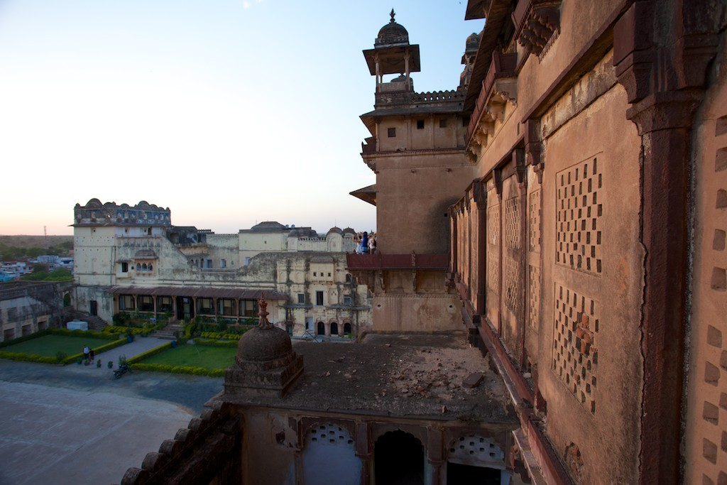 Jahangir Mahal 8
