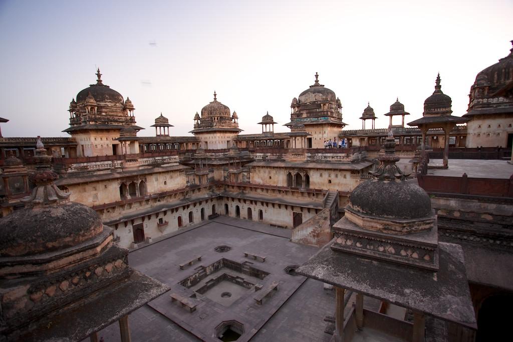 Jahangir Mahal 9