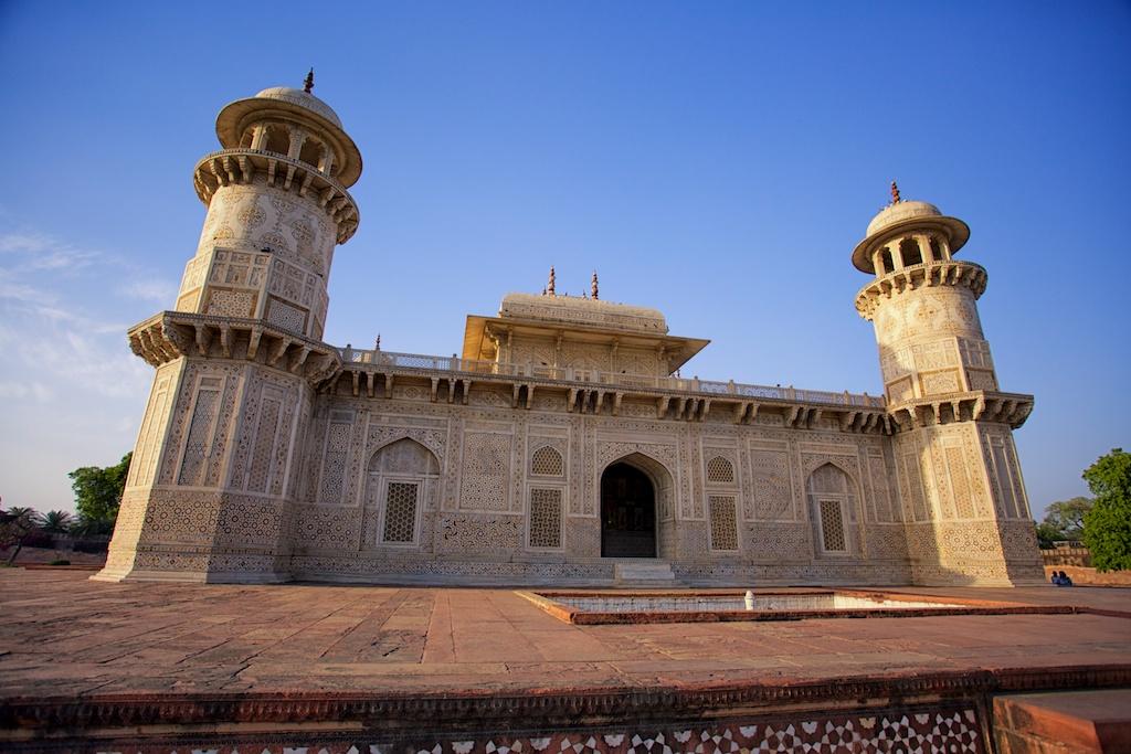 Baby Taj Mahal 1