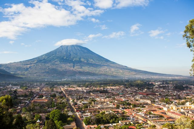 Cerro de la Cruz: Hike to the Cross in Antigua Guatamala