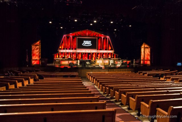 Grand Ole Opry: A Backstage Tour of Country's Famous Music Venue